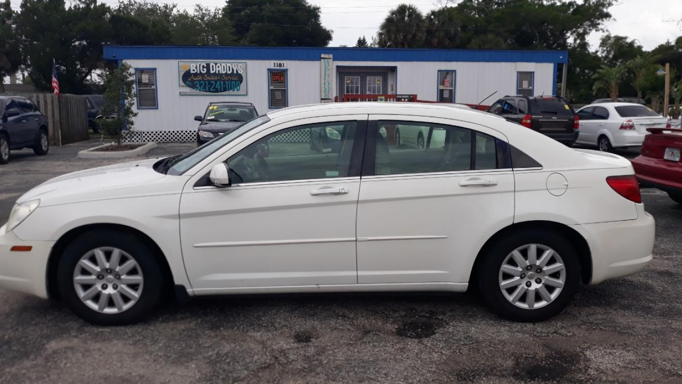 2007 White Chrysler Sebring Base (1C3LC46R87N) with an 2.7L V6 DOHC 24V FFV engine, Automatic Overdrive transmission, located at 1181 Aurora Rd, Melbourne, FL, 32935, (321) 241-1100, 28.132914, -80.639175 - Photo #0